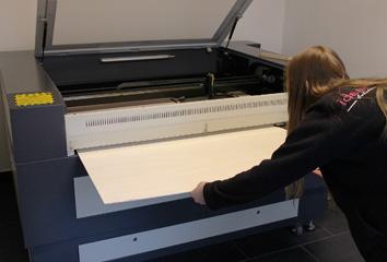 laser papier schneiden gewindelehrdorn anwendung. Black Bedroom Furniture Sets. Home Design Ideas